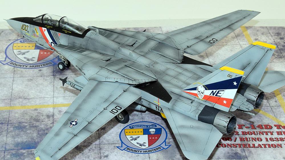 """Grumman F-14D Tomcat """"Bounty Hunters"""""""